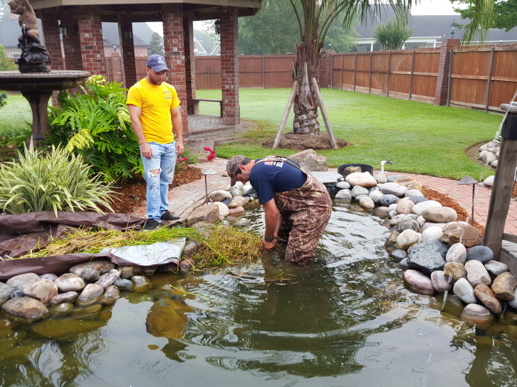 Keep Your Yard Current With Tasteful Water Features